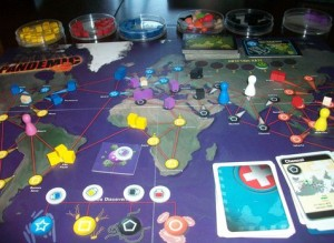 Yes, those are petri dishes to hold the game pieces