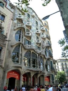 Casa Batlló by Gaudí